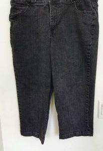Style & Co Tummy Control Capri Pants